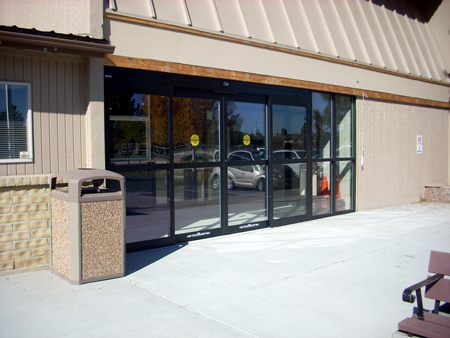 commercial glass doors installation